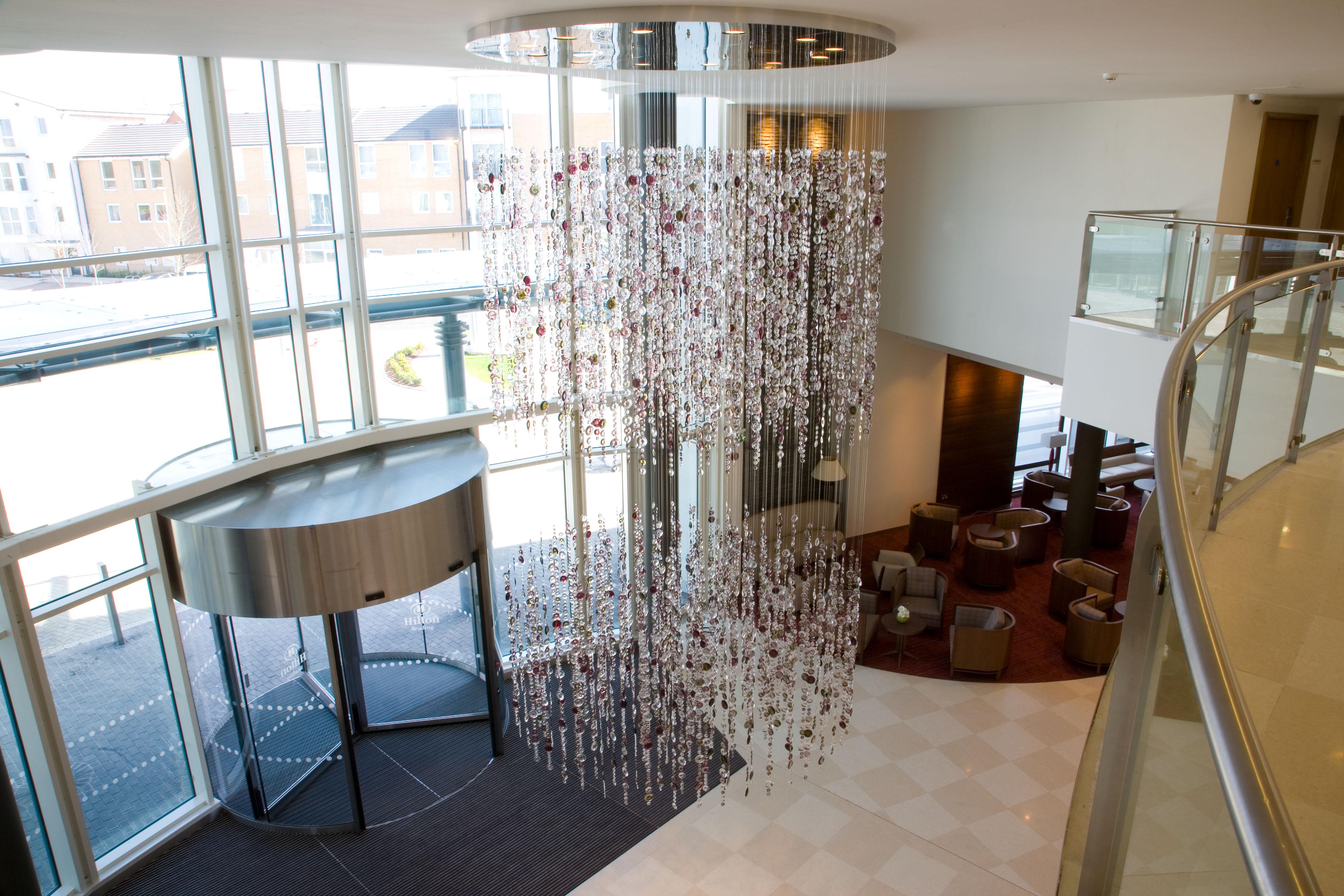 deckenleuchten f r hotel lobby und foyer direkt vom. Black Bedroom Furniture Sets. Home Design Ideas